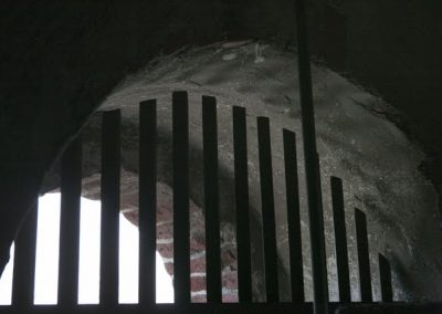 Boog poort kerk Tjamsweer