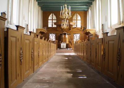 Interieur kerk Tjamsweer